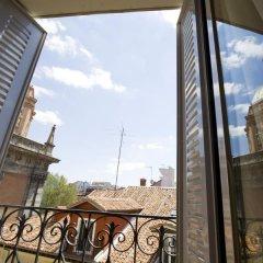 Отель Apartamentos Palacio Real Испания, Мадрид - отзывы, цены и фото номеров - забронировать отель Apartamentos Palacio Real онлайн балкон