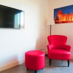 Отель Centragence - Le Voltaire Франция, Ницца - отзывы, цены и фото номеров - забронировать отель Centragence - Le Voltaire онлайн комната для гостей фото 5