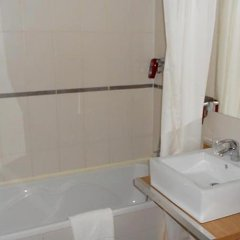 Отель Euro Capital Brussels ванная фото 2