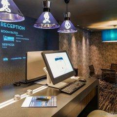Отель ibis London City - Shoreditch Великобритания, Лондон - 2 отзыва об отеле, цены и фото номеров - забронировать отель ibis London City - Shoreditch онлайн интерьер отеля фото 3