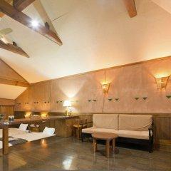 Отель Resonate Club Kuju Япония, Минамиогуни - отзывы, цены и фото номеров - забронировать отель Resonate Club Kuju онлайн помещение для мероприятий