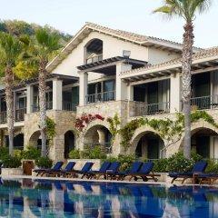 Отель Columbia Beach Resort бассейн