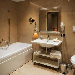 Отель Mondial Hotel Албания, Тирана - отзывы, цены и фото номеров - забронировать отель Mondial Hotel онлайн ванная
