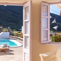 Отель Windmill Villas Греция, Остров Санторини - отзывы, цены и фото номеров - забронировать отель Windmill Villas онлайн балкон