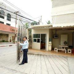 Отель Chaidee Mansion Бангкок парковка