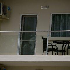 Отель New Brookfields Hotel Сьерра-Леоне, Фритаун - отзывы, цены и фото номеров - забронировать отель New Brookfields Hotel онлайн балкон