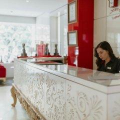 Отель Graffit Gallery Design Hotel Болгария, Варна - 2 отзыва об отеле, цены и фото номеров - забронировать отель Graffit Gallery Design Hotel онлайн интерьер отеля фото 2