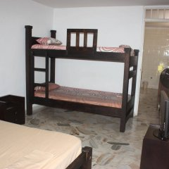 Отель Colombian Home Hostel Cali Колумбия, Кали - отзывы, цены и фото номеров - забронировать отель Colombian Home Hostel Cali онлайн комната для гостей фото 3