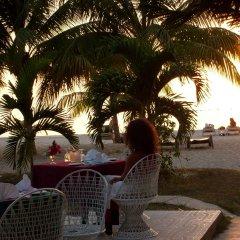 Charela Inn Hotel гостиничный бар