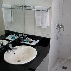 Отель North Star Yayuncun Hotel Китай, Пекин - отзывы, цены и фото номеров - забронировать отель North Star Yayuncun Hotel онлайн ванная фото 2