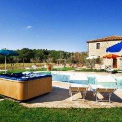 Отель Antico Casale Италия, Сан-Джиминьяно - отзывы, цены и фото номеров - забронировать отель Antico Casale онлайн бассейн фото 2