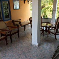 Отель Main Reef Surf hotel Шри-Ланка, Хиккадува - отзывы, цены и фото номеров - забронировать отель Main Reef Surf hotel онлайн балкон