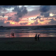 Отель Thana Patong Guesthouse пляж