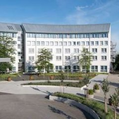 Отель Wyndham Garden Dresden Дрезден парковка
