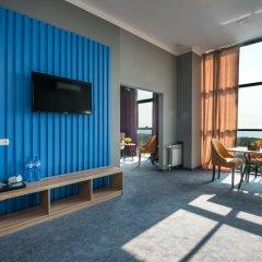 Гостиница Beton Brut 4* Люкс повышенной комфортности с двуспальной кроватью фото 7