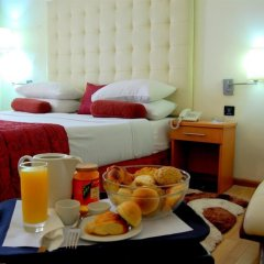 Отель Golden Tulip Port Harcourt в номере