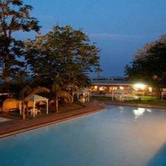 Отель Oasis Motel Габороне бассейн фото 2