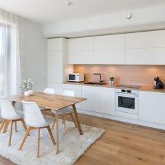 Апартаменты Tallinn Luxury Apartments with sauna and old town view в номере