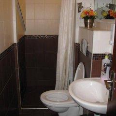 Отель Guesthouse Sonata Болгария, Кюстендил - отзывы, цены и фото номеров - забронировать отель Guesthouse Sonata онлайн ванная