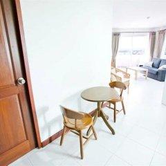 Отель Baan Salin Suites балкон
