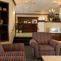 Отель Meadowlands River Inn гостиничный бар