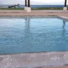 Отель Sunrise Villa On The Beach бассейн фото 2