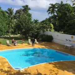 Отель San San Tropez Ямайка, Порт Антонио - отзывы, цены и фото номеров - забронировать отель San San Tropez онлайн бассейн фото 2