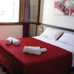 Отель La Rosa Синискола комната для гостей фото 2