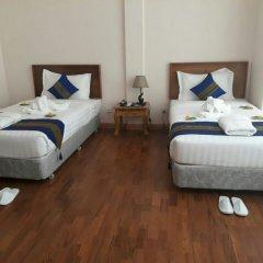 Famous Hotel Loikaw комната для гостей фото 2