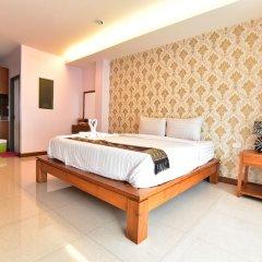 Апартаменты Kaewfathip Apartment Паттайя комната для гостей фото 4