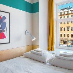 Отель Friends on Sennaya Санкт-Петербург комната для гостей