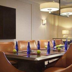 Отель Hilton New York JFK Airport США, Нью-Йорк - отзывы, цены и фото номеров - забронировать отель Hilton New York JFK Airport онлайн помещение для мероприятий