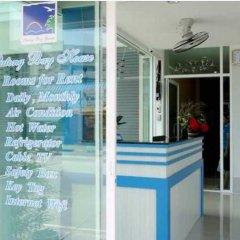 Отель Patong Bay House интерьер отеля