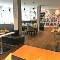 Mercure Hotel Kaiserhof Frankfurt City Center гостиничный бар