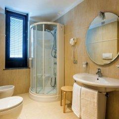 Отель Best Western Plus Executive Hotel and Suites Италия, Турин - 1 отзыв об отеле, цены и фото номеров - забронировать отель Best Western Plus Executive Hotel and Suites онлайн ванная фото 2