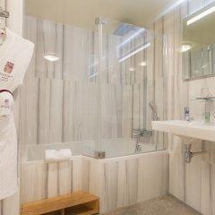 Отель De Varenne Франция, Париж - 1 отзыв об отеле, цены и фото номеров - забронировать отель De Varenne онлайн ванная фото 2
