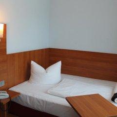 Отель Fackelmann Германия, Нюрнберг - 2 отзыва об отеле, цены и фото номеров - забронировать отель Fackelmann онлайн комната для гостей фото 3