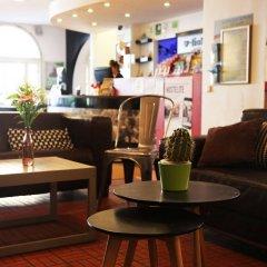 Отель Amstel House Hostel Германия, Берлин - 9 отзывов об отеле, цены и фото номеров - забронировать отель Amstel House Hostel онлайн гостиничный бар