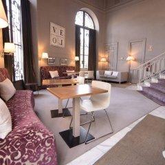 Отель Petit Palace Savoy Alfonso XII гостиничный бар