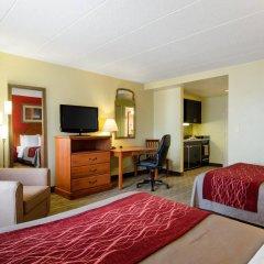 Отель Comfort Inn University Center удобства в номере
