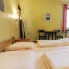 Euro Youth Hotel Стандартный номер с различными типами кроватей фото 3