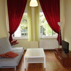 Апартаменты Tolstov-Hotels Media Harbour Apartment комната для гостей фото 3
