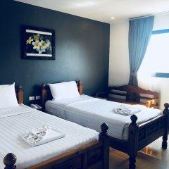 Отель VITS Patong Dynasty комната для гостей фото 13