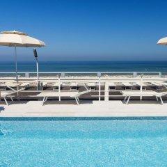 Отель Waldorf Suite Римини бассейн
