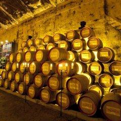 Отель The Wine House Hotel - Quinta da Pacheca Португалия, Ламего - отзывы, цены и фото номеров - забронировать отель The Wine House Hotel - Quinta da Pacheca онлайн интерьер отеля фото 3