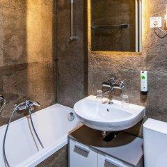 Отель Drake Longchamp Swiss Quality Hotel Швейцария, Женева - 5 отзывов об отеле, цены и фото номеров - забронировать отель Drake Longchamp Swiss Quality Hotel онлайн ванная