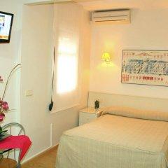 Отель BcnStop Sagrada Familia Apartments Испания, Барселона - отзывы, цены и фото номеров - забронировать отель BcnStop Sagrada Familia Apartments онлайн комната для гостей фото 3