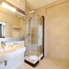Гостиница Skyport в Оби - забронировать гостиницу Skyport, цены и фото номеров Обь ванная фото 3