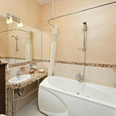 Гостиница Невский Форум 4* Стандартный номер с двуспальной кроватью фото 8