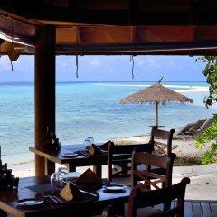Отель Gangehi Island Resort гостиничный бар
